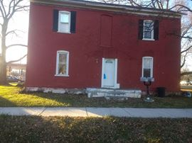 1 Bedroom, 1 Bathrooms, 800 sq. feet 615 S First A Greenville, IL